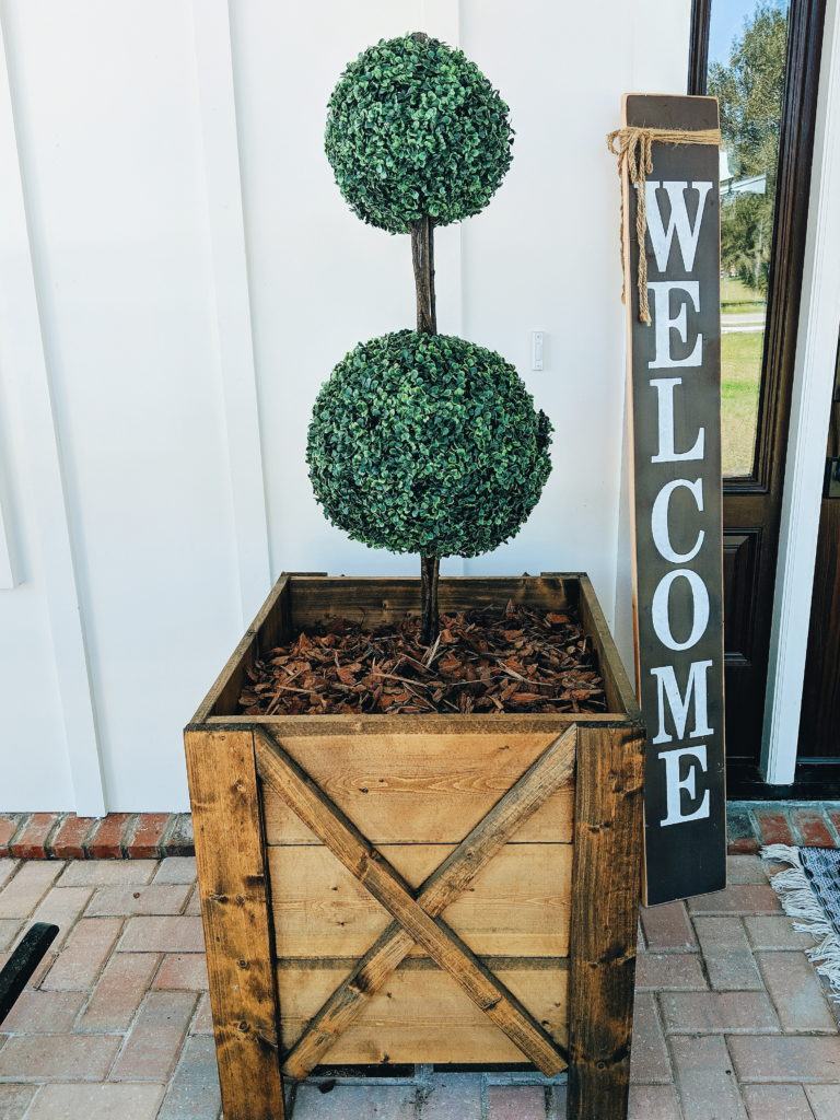 Front Porch Topiary Remington Ranch Farmhouse